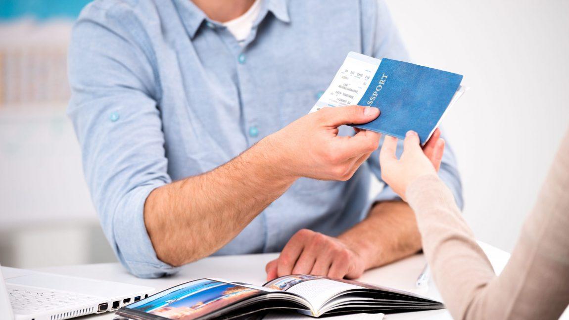 Agencias de Viajes: VENTA PRESENCIAL vs. VENTA ON LINE